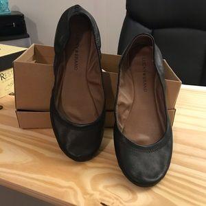Lucky Brand Black Flats Size 8